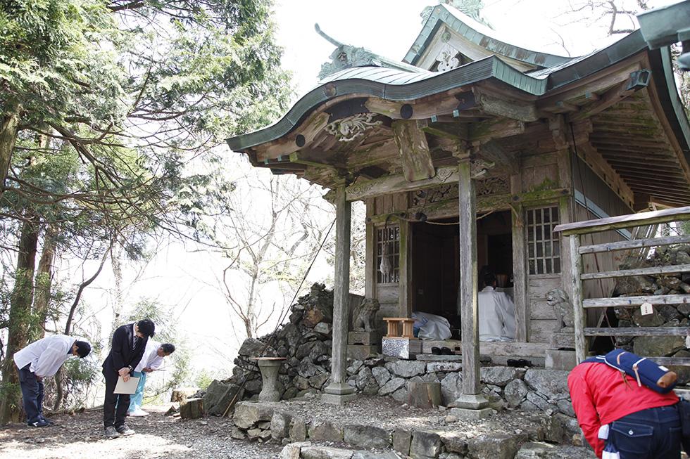 弥仙山金峰山神社祭典(4月28日)