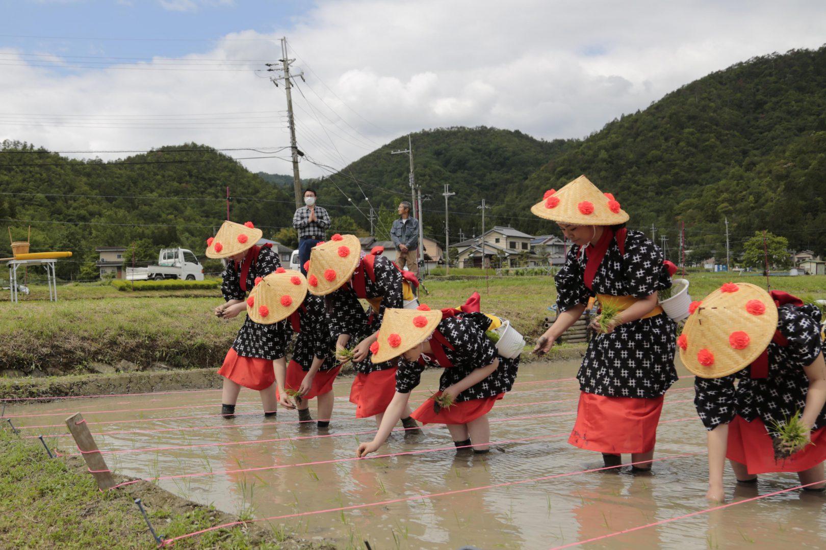 田植祭(5月20日)