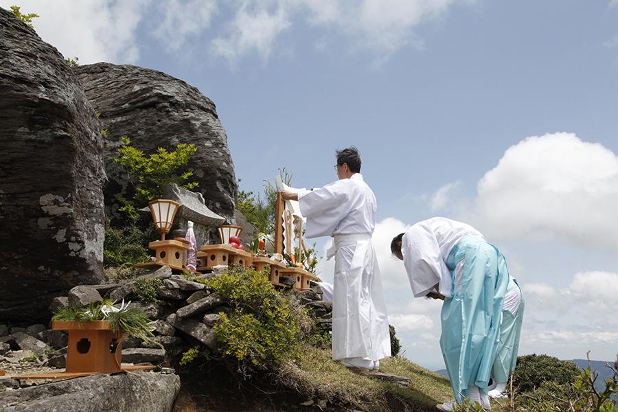 鉢伏山・龍宮神社祭典(5月24日)
